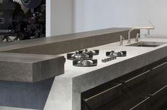 Stoere / Robuuste keukens: http://nieuwekeukenplanner.nl/keuken-inspiratie-en-tips/voorbeelden-van-stoere-keukens/