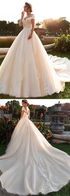 Delicate Tulle Scoop Neckline A-line Wedding Dress With Beaded Lace Appliques - Braut Wedding Dresses Plus Size, Dream Wedding Dresses, Bridal Dresses, Wedding Gowns, Tulle Wedding, Wedding Dressses, Pearl Dress, Princess Wedding, Beautiful Gowns