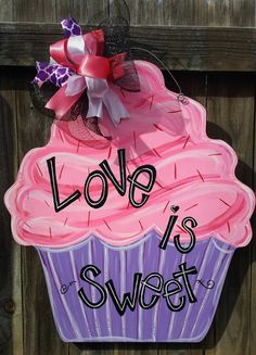 Hey, I found this really awesome Etsy listing at https://www.etsy.com/listing/219865262/hand-painted-cupcake-door-hanger