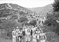 How a Health Guru Helped L. Discover its Hiking Trails: Paul Bragg (front-right) leads his Wanderlusters Hiking Club up Mt. Hollywood in Griffith Park in Courtesy of the USC Libraries - Dick Whittington Photography Collection. California History, Vintage California, Usc Library, Hiking Club, San Gabriel Mountains, Health Guru, Griffith Park, Hollywood Hills, Vintage Pictures