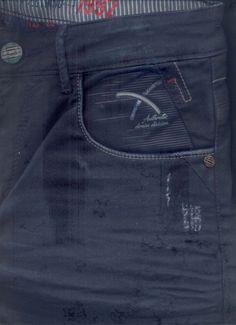 Denim Jeans Men, Boys Pants, Vintage Jeans, Jeans Style, Mens Boardshorts, Mens Jeans Outfit, Men's Pants, Flare Leg Jeans, Men's Bottoms
