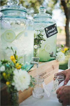 Backyard bbq party decorations mason jars 32 Ideas for 2019 Wedding Reception Food, Wedding Table, Diy Wedding, Rustic Wedding, Trendy Wedding, Reception Ideas, Party Wedding, Wedding Hacks, Wedding Vintage