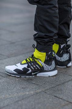 f03e33bf0dae Sneaker Street Style  Moscow Fashion Week SS19