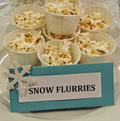 Picture 5 of Popcorn Snow Flurries More Frozen Birthday Party. Picture 5 of Popcorn Snow Flurries Elsa Birthday Party, Winter Birthday Parties, Frozen Themed Birthday Party, Disney Frozen Birthday, Birthday Party Decorations, Frozen Party Food, 4th Birthday, Frozen Decorations, Birthday Ideas