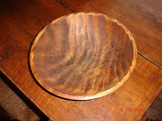 US $587.69 Tiger Maple ,Eye Catching Grained Dough Bowl, In Excellent Original Overall Condition !! This is the First Tiger Maple Bowl I have ever Owned that actually looks like a Piece of Tiger Skin. The Grain on this Example will Draw Your Eye to it no matter where you choose to display it !!! This is NOT a Paint Decorated Piece ,and what you see is the Actual Grain of the Wood.