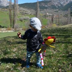 Nature is the last sensory experience and if your children do it in the company of a #SirCus toy the experience it is priceless.