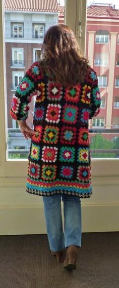 The ever popular granny square Jacket. No pattern ༺✿ƬⱤღ✿༻