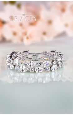 CHLORIS Silver Crystal Bridal Wedding Bracelet #topgraciawedding #weddingjewelry #bridalbracelet #bridalcrystaljewelry