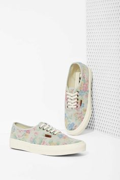 Vans Authentic Sneaker - Pale Floral Suede | Shop Shoes at Nasty Gal!