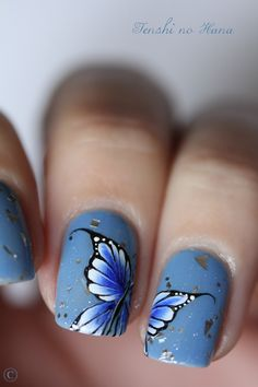 Butterfly nails, so pretty