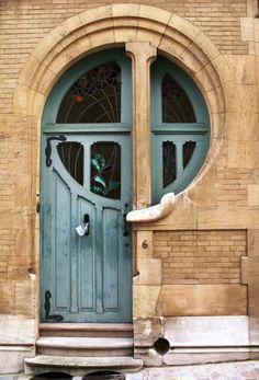 Porte Art-Nouveau, rue du Lac à Bruxelles