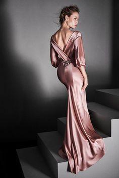 Alberta Ferretti Limited Edition Fall 2017 Couture Fashion Show Collection