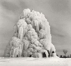 More Michael Kenna magic -repinned by Southern California portrait photographer http://LinneaLenkus.com  #photographers