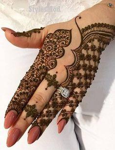 Gorgeous Henna Mehndi Style for Wedding Day In 2019 - - Tattoo Ideen - Henna Designs Hand Henna Hand Designs, Dulhan Mehndi Designs, Mehandi Designs, All Mehndi Design, Mehndi Designs Finger, Latest Arabic Mehndi Designs, Mehndi Design Pictures, Bridal Henna Designs, Mehndi Designs For Girls