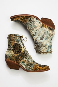 Shop our Grove Lace-Up Western Boot at FreePeople.com. Share style pics with FP Me, and read & post reviews. Free shipping worldwide - see site for details.