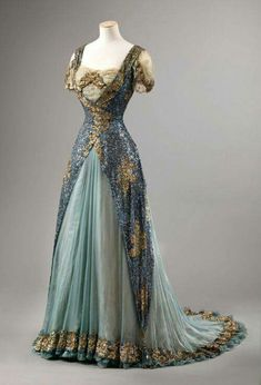 Evening dress UK ca 1910 National Museum of Art, Architecture and Design Norway