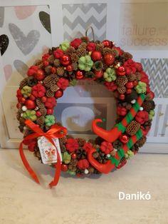 Ornament Wreath, Ornaments, Christmas Wreaths, Handmade Products, Holiday Decor, Advent, Home Decor, Holiday Wreaths, Decoration Home