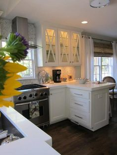 5 Awake Cool Tips: Small Kitchen Remodel White vintage kitchen remodel home.White Kitchen Remodel Stove kitchen remodel with island diy. White Kitchen Remodeling, Kitchen Design, Kitchen Stove, New Kitchen, Kitchen, Kitchen Remodel Layout, Cheap Kitchen Cabinets, Kitchen Remodel Countertops, Kitchen Remodel Cost