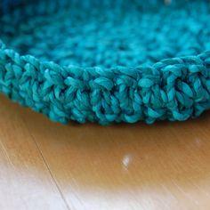 Hand twisted crepe paper crochet bowl - handmade by Louise S. Sunday Paper, Crochet Bowl, Paper Bowls, Crepe Paper, Turquoise Bracelet, Handmade Items, Blog, Blogging