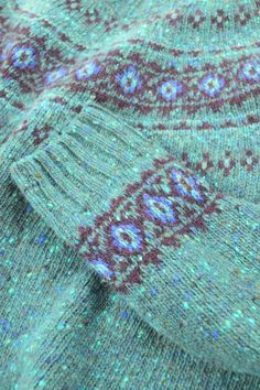 Shetland knitting - Google-søk Fair Isle Chart, Fair Isle Pattern, Fair Isle Knitting, Hand Knitting, Knitting Designs, Knitting Projects, Norwegian Knitting, Creative Textiles, Hand Knitted Sweaters