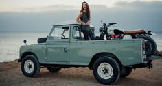 Land-Rover-Defender-Pick-up-Cafe-Racer-2