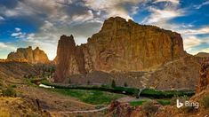 Here in the high desert of Central Oregon, Smith Rock beckons rock climbers from around the world with its cliffs of tuff and basalt. C... Bing Backgrounds, Mule Deer, Central Oregon, Oregon Travel, Natural Wonders, Outdoor Activities, State Parks, Monument Valley, Bing Images