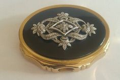 Collectors Kigu musical vintage powder compact marcasite's working music
