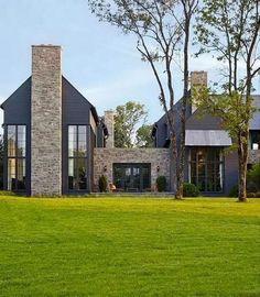 63 Farmhouse Exterior Design Ideas Stylish But Simple Look #housedesign #oldhousedesign #homedecor > Fieltro.Net
