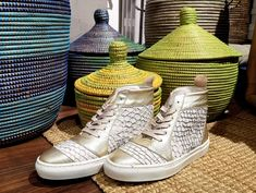 Mioona is about shoes, bags and other accessories. East Africa, Other Accessories, Urban Fashion, Printing On Fabric, High Top Sneakers, Footwear, African, Leather, Bags