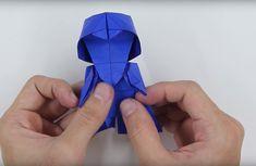 Voici comment créer Darth Vader en origami - ipnoze Galactic Republic, How To Make Origami, Darth Vader, Origami Stars, Origami Tutorial, Tadashi, Bored Panda, Fun Crafts, Star Wars