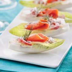 Endives farcies au saumon fumé – 5 ingredients 15 minutes Endives stuffed with smoked salmon – Starters and soups – Recipes – Express recipes – Pratico Pratique Endive Appetizers, Smoked Salmon Appetizer, Seafood Appetizers, Quick Appetizers, Appetisers, Appetizer Recipes, Fish Recipes, Seafood Recipes, Soup Recipes
