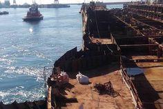 Concordia, la nave maledetta. Oltre alle 32 persone che si è portata in fondo al mare vicino all'Isola del Giglio, ci sono la guardia giurata in servizio morta d'infarto il giorno in cu… Sorgente: …