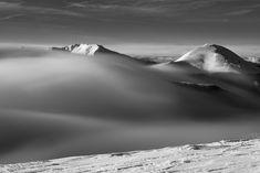 """Vedi il mio progetto @Behance: """"00: tra ghiaccio e vento"""" https://www.behance.net/gallery/60393069/00-tra-ghiaccio-e-vento"""