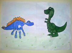Sweet Little Things: Handprint dinosaurs