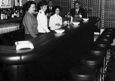 Hotelli Arinan Coctail-baari 1965. Kuva: Osuuskauppa Arinan arkisto