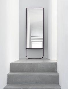 That mirror design! Sense of space + Concrete floors | Asplunde