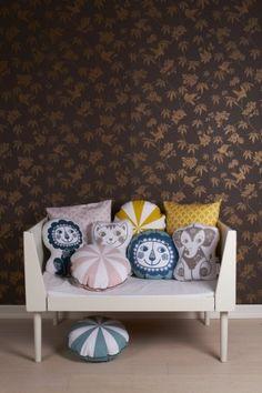 Roommate SoulMate Cuddle Leeuw Sierkussen 25 x 36 cm Cushions, Pillows, Kids Sleep, Roommate, Simple Shapes, Decorative Objects, Scandinavian Design, Accent Chairs, Branding Design
