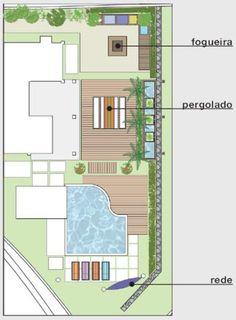 A terraplanagem e o muro de arrimo renderam uma área de cerca de 200 m² par...