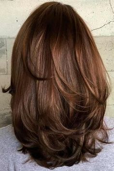 70 Brightest Medium Layered Haircuts to Light You Up Mid-Length Hair With Subtle Layers Layered Haircuts For Medium Hair, Medium Length Hair Cuts With Layers, Haircut For Thick Hair, Haircuts For Long Hair, Medium Hair Cuts, Long Hair Cuts, Cool Hairstyles, Haircut Short, Haircut Styles