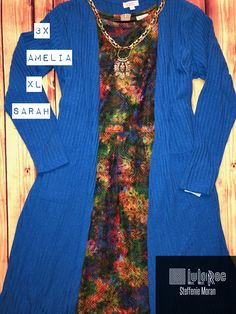 Could this Amelia be any prettier?! And such a staple with the blue Sarah! #style #fallfashion #ootd #lularoe