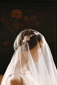 #Wedding veil ... Wedding ideas for brides, grooms, parents & planners ... https://itunes.apple.com/us/app/the-gold-wedding-planner/id498112599?ls=1=8 … plus how to organise an entire wedding ♥ The Gold Wedding Planner iPhone App ♥