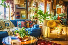 Chasity Kelly shares her colorful, maximalist bohemian home on her farm in Colorado. We love her bold use of color, textures, and indoor jungle. Hippie Apartment, Interior Exterior, Interior Design, Maximalist Interior, Living Room Decor, Bedroom Decor, Colorful Apartment, Southwestern Home, Decorating Your Home