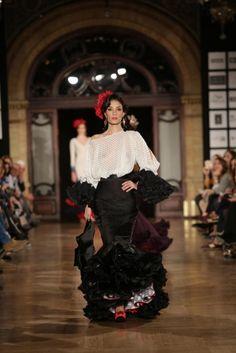 Traje de Flamenca - Jonathan-Sanchez - We-Love-Flamenco-2016 Trajes 88a859273119