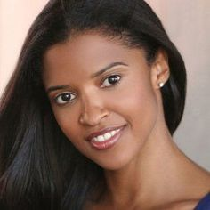 [Pics] We Refuse to Believe 'Hamilton' Actress Renee Elise Goldsberry is 46 Years Old