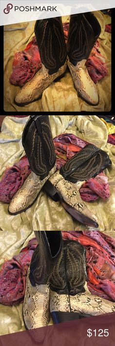 DAN POST Registered Authentic Cowgirl Boots-Sz 7.5 Dan Post Caimen Cowgirl Boots with leather uppers and leather soles.  Two-tone coloring and made in Mexico. Retail at $586.37 Dan Post Shoes Heeled Boots