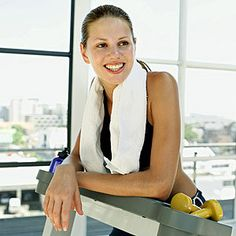 What's the healthiest way to lose your holiday weight? We asked our panel of Canadian #health experts a fitness instructor, a dietician, and a doctor to find out.  -- Want to lose weight the HEALTHY naturally way? Go visit wellbeingbodysite.com and get a FREE program that WORKS right NOW