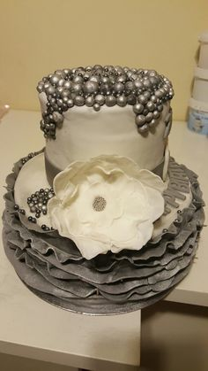 Daisy Cupcakes, Desserts, Food, Tailgate Desserts, Dessert, Postres, Deserts, Meals
