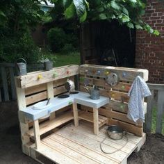Stylish pallet furniture patio ideas that actually makes sense. The post Splendid DIY Pallet Furniture Ideas (Chair, Table, Bed, Benches, etc) You Should Try appeared first on Best Pins for Yours. Kids Outdoor Play, Backyard For Kids, Outdoor Fun, Outdoor Decor, Outdoor Play Spaces, Pallet Patio Furniture, Outdoor Furniture Sets, Furniture Ideas, Furniture Stores