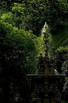 Princes st garden Fountain   Flickr - Photo Sharing!