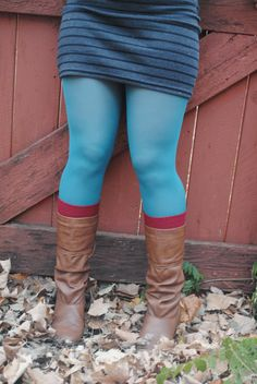 Love bright tights in fall, lovely sock/tight/boot combination!